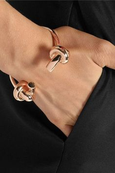 Double knot rose gold bracelet.