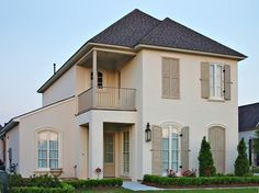 Exterior paint colora for house with brick ranch benjamin moore 48 Trendy Ideas Best Exterior Paint, Stucco Exterior, Exterior Paint Colors For House, Paint Colors For Home, Exterior Colors, Exterior Design, Beige House Exterior, Benjamin Moore Exterior, House Paint Color Combination