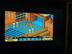 Playing this AWESOME spanish game with isometric style. #amstrad #retrogaming #8bits