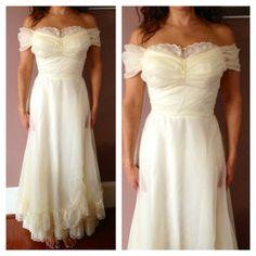 Stunning Vintage Lace Ruffled Formal Dress, Vintage Wedding Dress, Vintage Prom Dress, Country Wedding Dress on Etsy, $58.00