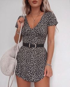Classy outfit idea to copy ♥ For more inspiration join our group Amazing Things ♥ You might also like these related products: - Skirts ->. Cute Dresses, Casual Dresses, Casual Outfits, Cute Dress Outfits, Teen Dresses, Woman Outfits, Going Out Outfits, Girly Outfits, Midi Dresses