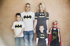 birdiegirl photography: How to dress for a family photo shoot. Picture Poses, Photo Poses, Photo Shoots, Photo Tips, Photo Ideas, Picture Ideas, Superhero Family, Cute Family Photos, Kodak Moment