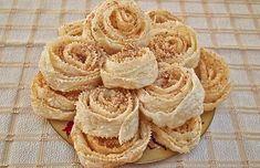 sarakostiana kserotigana Pastry Cake, Apple Pie, Biscuits, Treats, Cookies, Vegetables, Desserts, Food, Yoga Pants
