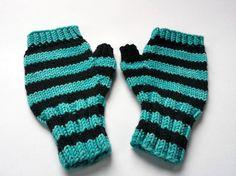 Kinder Armstulpen fingerlose Handschuhe Türkis von frostpfoetchen