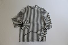 Petra Weingart FW17 #shirt #stripes