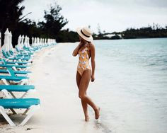ONE-PIECE DRESS SUIT (BIKINIHERE) COVER UP BIKINI (SIMILAR TOP | BOTTOM) ALL PHOTOS:ALAINA MULLIN Excited toshare a few more shots frommy very first trip to Bermuda! We had a blast running arou…