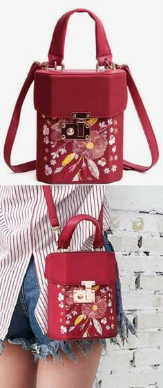 Floral Embroidered Casual Handbag - Red. Women's handbags,Fashion Trends  Casual red Designer handbags 2018. We are really comfortable and will go well with dresses and Handbag