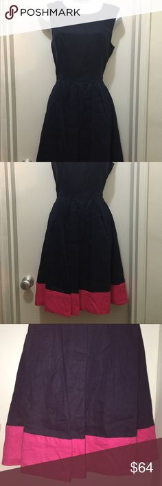 Neiman Marcus Navy & Hot Pink Linen Fit & Flare S Neiman Marcus navy and hot pink linen dress with fitted bodice and flowy skirt.  Beautiful dress for garden party or a day at the office.  Pair with a white jacket for a crisp career look. Size Small Neiman Marcus Dresses Midi