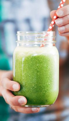 Simple Coconut Green Smoothie #green #smoothie #recipe