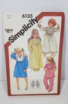UNCUT Simplicity Sewing Pattern #6135 CHILD PAJAMA NIGHTGOWN Robe slipper Sz3-6 #Simplicity