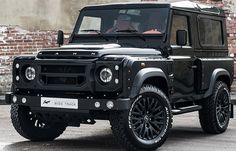 A. Kahn Design and their sub-brand Chelsea Truck Company this week presents the Land Rover Defender 2 TDCI 90 with Chelsea Wide Track kit.