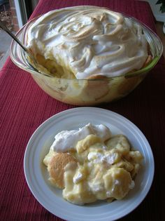 OLD-FASHIONED BANANA PUDDING « The Southern Lady Cooks- This is the only kind I make! I got this recipe from David's Mimi
