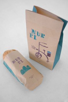 "Mie Tierra "" Nubre Bread "" by Ze Das Couves, via Behance Sandwich Packaging, Bread Packaging, Bakery Packaging, Cool Packaging, Luxury Packaging, Bottle Packaging, Packaging Design, Jamie Oliver, Paper Bag Design"