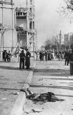 1938. Bombardeig avions feixistes italians. Diagonal/Bailén. Barcelona. Catalunya. Espanya. Amics de Barcelofilia http://barcelofilia.blogspot.com/