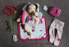 Baby doll found her toes :D