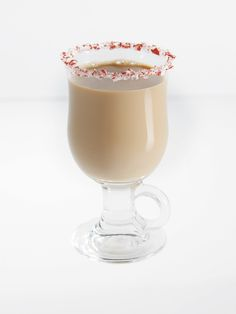 """""""Fireside Choco-Chat"""" made using Pinnacle Marshmallow Vodka! Thanksgiving Cocktails, Christmas Cocktails, Holiday Drinks, Cocktail Drinks, Fun Drinks, Yummy Drinks, Beverages, Cocktail Ideas, Vodka Drinks"""