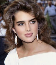 Simply Beautiful, Gorgeous Women, Girly Shots, Beautiful Haircuts, Brooke Shields, Exotic Beauties, Le Jolie, Classic Beauty, Iconic Beauty
