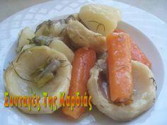 Ένα από τα πιο νόστιμα λαδερά, που το φτιάχνω πολύ συχνά είτε με φρέσκες, είτε με κατεψυγμένες αγκινάρες.  Με μπόλικο λεμονάκι και συνοδευόμ... Greek Beauty, Greek Recipes, Hot Dog Buns, Sushi, Sausage, Vegetarian Recipes, Tasty, Treats, Vegetables