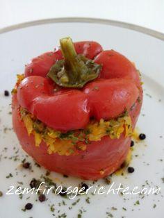 Gefüllte rote Paprika