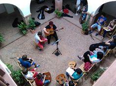La Escuela de Música 'Campo de Montiel' celebra la audición de guitarra y trompeta en el singular espacio de la Casa de los Estudios