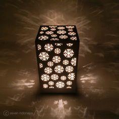 Christmas Lantern Lights - Snowflakes  #Christmas #Winter #Dreams #Home #Decoration #Lamp #Lights #Glowing #Box #Gift #Ideas #Lampu #Hias #Dekorasi #Natal