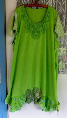Always green... Plus size upcycled jersey tunic/dress by MollaMaia, €54.00