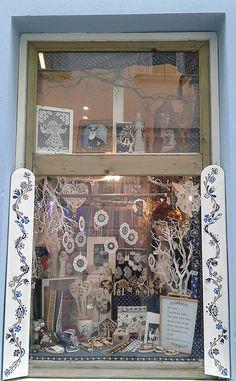 alka111 / Náušnice - čipka Bratislava, Frame, Home Decor, Picture Frame, Decoration Home, Room Decor, Frames, Home Interior Design, Home Decoration