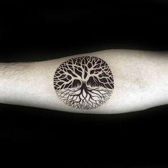 tattoo designs 2019 100 Tree Of Life Tattoo Designs For Men – Manly Ink Ideas tattoo designs 2019 Negative Space Guys Small Circle Tree Of Life Tattoo Design On Inenr Forearm tattoo designs 2019 Small Tattoos Men, Trendy Tattoos, Popular Tattoos, Unique Tattoos, New Tattoos, Cool Tattoos, Tattoo Small, Tattoo Life, 1 Tattoo
