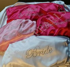 Bride Robe Bridesmaid robes Monogrammed Robes Rhinestone Personalised Set of 7 or 8 pink aqua orchid blush purple gold silver black mint. Coral Blush, Purple Gold, Pink Blue, Hot Pink, Wedding Gifts For Groomsmen, Personalized Wedding Gifts, Groomsman Gifts, Our Wedding, Dream Wedding