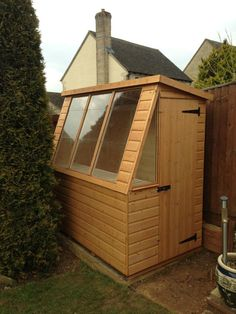 Garden Sheds Gloucester billyoh 4000 lincoln wooden polycarbonate greenhouse | flowers