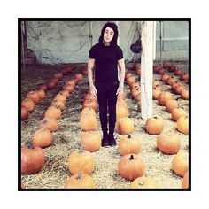 ronnie radke | Tumblr ❤ liked on Polyvore featuring falling in reverse, ronnie radke, fir, icon and pictures