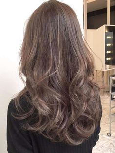 Hair Inspiration Curly Style Most Popular Ideas Blonde Hair For Brunettes, Brown Blonde Hair, Soft Brown Hair, Colored Curly Hair, Wavy Hair, Ombre Hair, Balayage Hair, Hair Arrange, Aesthetic Hair
