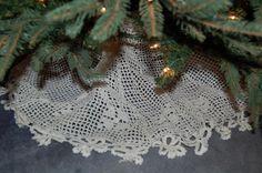 my filet crochet tree skirt