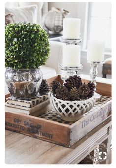 Planning For Home Decor Accessories - Diy Home decor Coffee Table Vignettes, Coffee Table Centerpieces, Coffee Table Styling, Coffee Table Tray, Decorating Coffee Tables, Centerpiece Ideas, Centrepieces, Wedding Centerpieces, Decoration Table