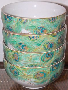 222 FIFTH SET OF 4 LAKSHMI SOUP CEREAL BOWLS NEW IN BOX GREEN GOLD WHITE PEACOCK #222FIFTH