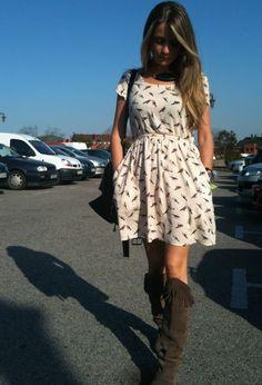 solo el vestido! las botasss NO ME GUSTAN