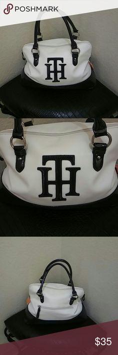 Tommy Hilfiger Navy & White Handbag NWOT. Tommy Hilfiger White & Navy Patent Leather Satchel... Zippered pockets inside and outside. Tommy Hilfiger Bags Satchels