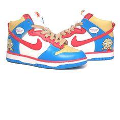 Stewie Griffin Nike Dunks: http://mimarcafavorita.net/?s=nike