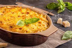 Juustoinen broileripastavuoka on helppo arkiruoka Quiche, Macaroni And Cheese, Food And Drink, Pasta, Cooking, Breakfast, Ethnic Recipes, Koti, Kabobs