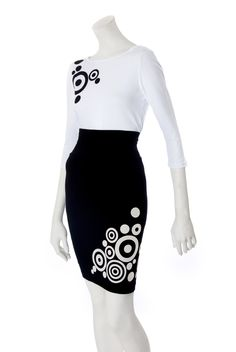 Hypno-Dot Pencil Skirt by Mondo