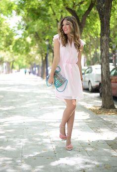 Vestidos de moda en tono pastel   Colores y vestidos