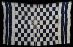 fr551 - Fine mid C20th hand spun cotton blanket in excellent condition. These blue and white blankets have been prized in Ghana for centuries and old examples are more often collected there than in Mali. This one has a four white supplementary weft float motifs at the centre, quite an unusual feature. http://www.adireafricantextiles.com/francophonegallery6.htm