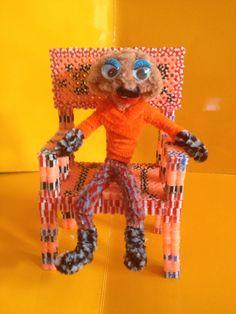 Muñeco hecho con limpiapipas