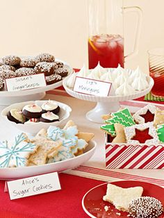 Host a Cookie Swap - For handling the holiday hoopla from gift gathering to tree trimming you deserve a cookie (or six). Fun Christmas Party Ideas, Christmas Desserts, Christmas Baking, Christmas Treats, Holiday Treats, Elmo Christmas, Christmas Time, Christmas Parties, Holiday Baking