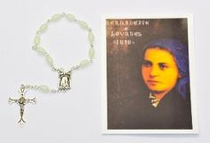 One Decade rosaries, single decade rosary beads and Hand-held Rosaries all depicting the blessed virgin mary and the apparitions. A large selection contain Lourdes holy water Rosary Bracelet, Rosary Beads, One Decade, Water Drawing, Our Lady Of Lourdes, Rosaries, Prayer Beads