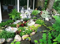 Image of: How to Make a Miniature Fairy Garden Ideas