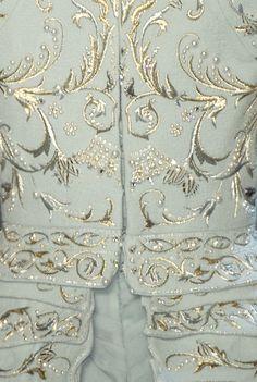 Christian Dior haute couture f/w 2006.