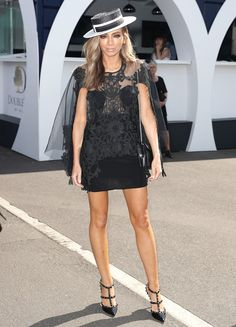 Nadia Bartel Photos Photos - Nadia Bartel poses on Derby Day at Flemington Racecourse on October 29, 2016 in Melbourne, Australia. - Celebrities Attend Derby Day