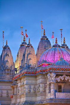 BAPS Shri Swaminarayan Mandir, Neasden, UK