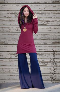 ☆:*¨¨*:★:*¨¨*:☆  Long sleeved winter dress, with boat neck collar and generous…